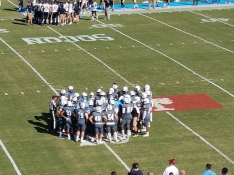 62-huddle-during-a-timeout